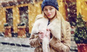Kanecaron Modacrylic Fibre Fashion Image in the snow